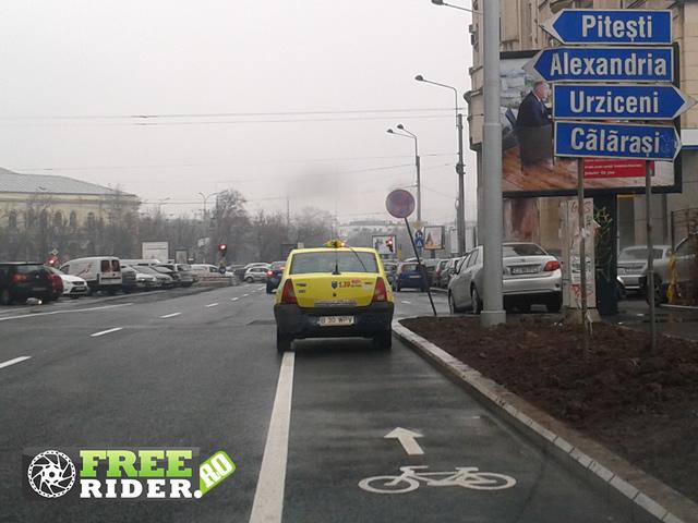 Pistă de bicicletă pe carosabil