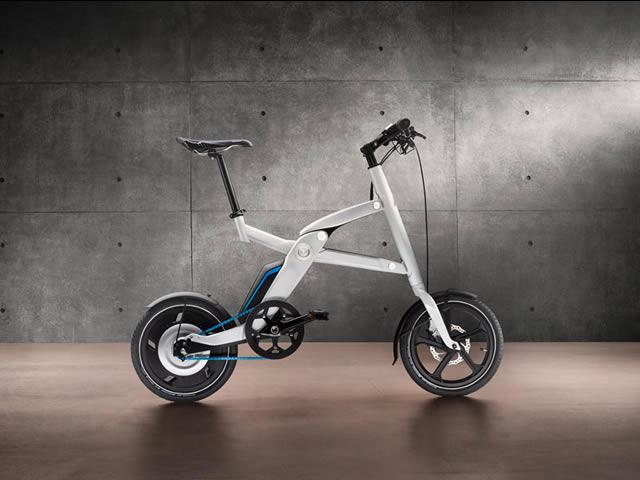 Bicicletă pliabilă și electrică de la BMW 27fc069657a