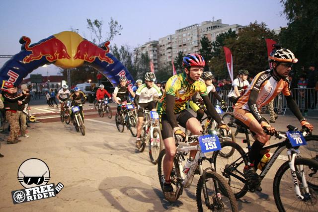 red_bull_moon_time_bike_2013