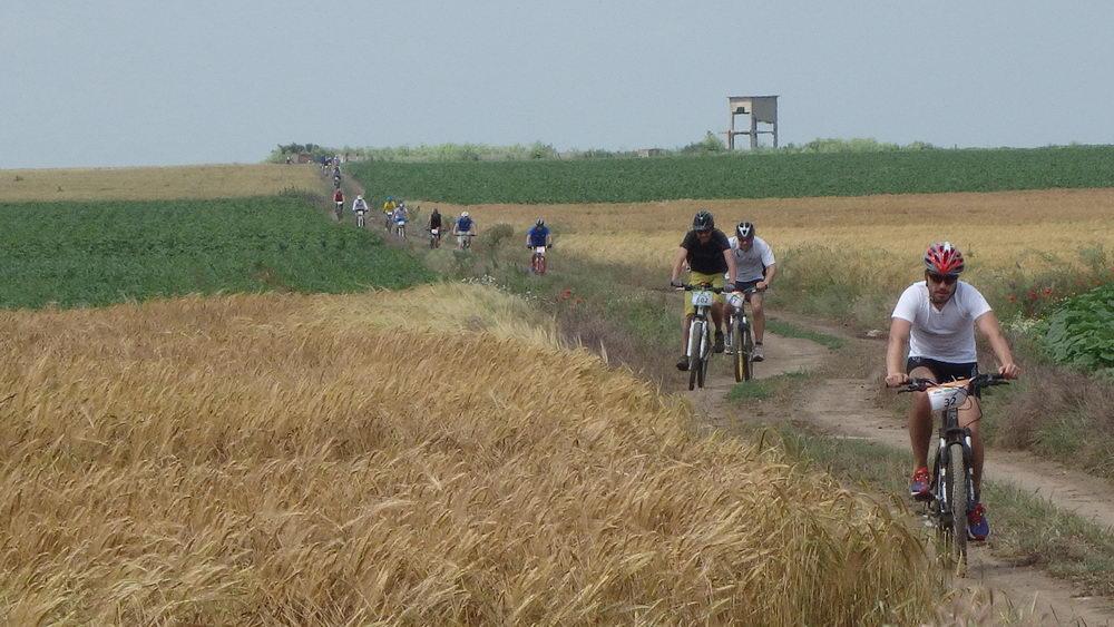 traseu cicloturism triatlon fara asfalt 2 mai vama veche 02