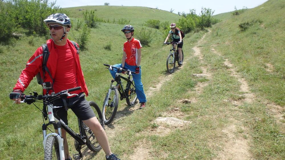 traseu cicloturism triatlon fara asfalt 2 mai vama veche 03
