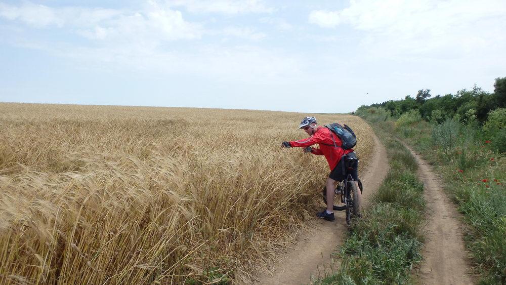 traseu cicloturism triatlon fara asfalt 2 mai vama veche 08