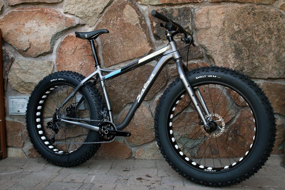 Salsa-fat-bike-2015-bucksaw-blackborow-mukluk-ti-beargrease-alloy-full-suspension-front-13