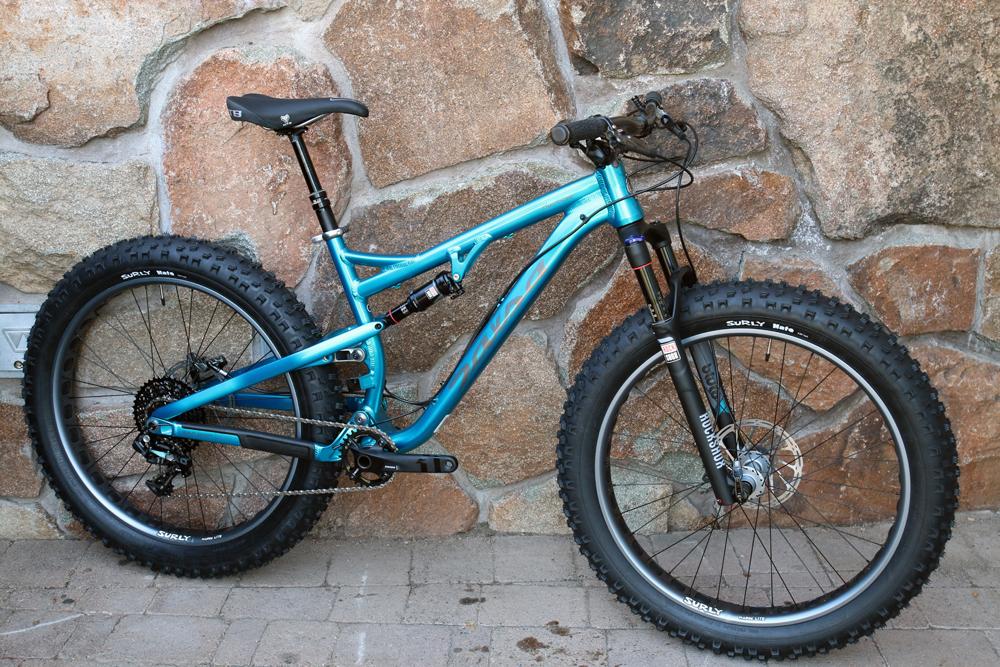 Salsa-fat-bike-2015-bucksaw-blackborow-mukluk-ti-beargrease-alloy-full-suspension-front-16