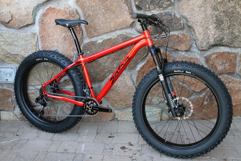 Salsa-fat-bike-2015-bucksaw-blackborow-mukluk-ti-beargrease-alloy-full-suspension-front-32