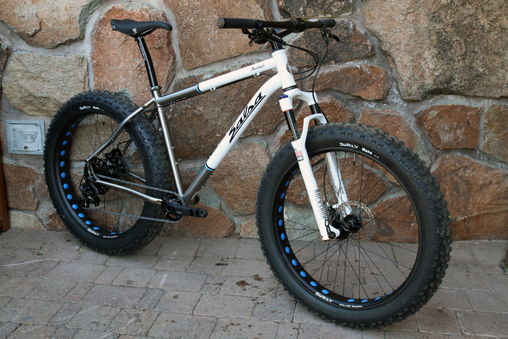 Salsa-fat-bike-2015-bucksaw-blackborow-mukluk-ti-beargrease-alloy-full-suspension-front-35