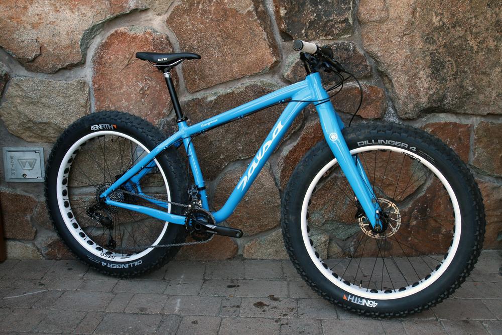 Salsa-fat-bike-2015-bucksaw-blackborow-mukluk-ti-beargrease-alloy-full-suspension-front-40