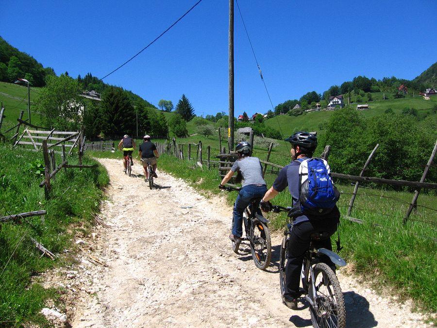traseu bicicleta sirnea cicloturism 09