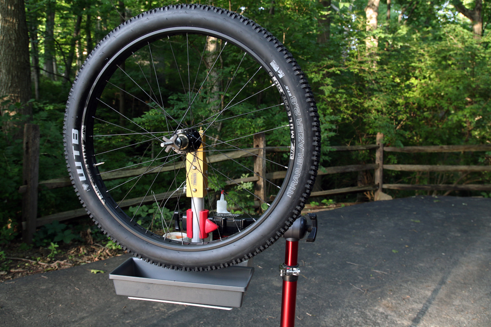 Tubeless-Solutions-Tubeless-Tower-tire-station-27