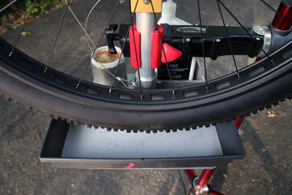 Tubeless-Solutions-Tubeless-Tower-tire-station-28