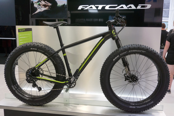2016-Cannondale-FatCAAD-alloy-fat-bike-with-Lefty-Olaf-fork01-600x400