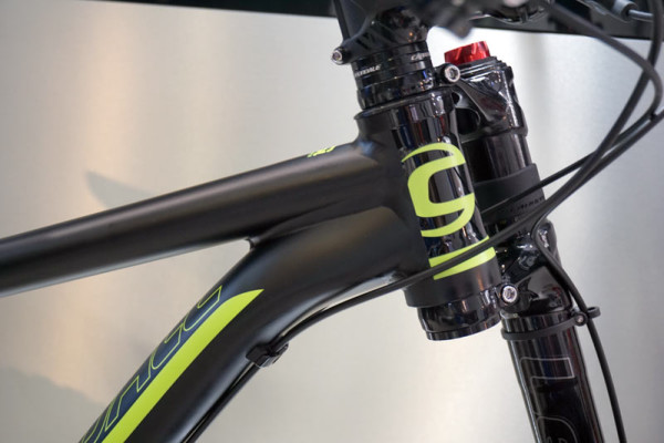 2016-Cannondale-FatCAAD-alloy-fat-bike-with-Lefty-Olaf-fork03-600x400