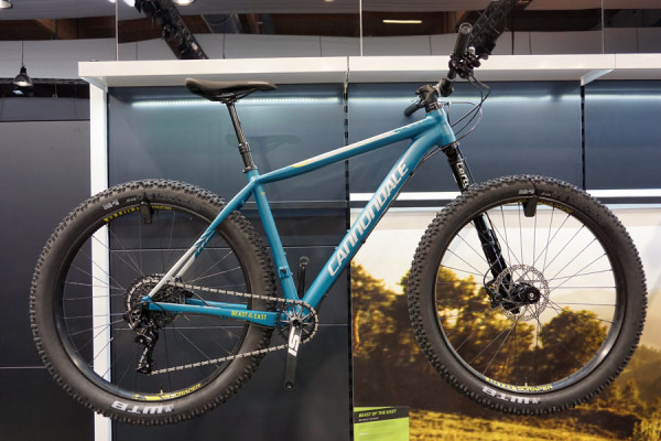 2016-Cannondale-beast-of-the-east-275plus-hardtail-mountain-bike01-600x400