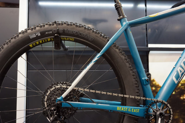 2016-Cannondale-beast-of-the-east-275plus-hardtail-mountain-bike02-600x400