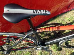 Ghost_Nivolet-Tour_carbon-disc-brake-endurance-road-bike_saddle-toptube-detail-297x223