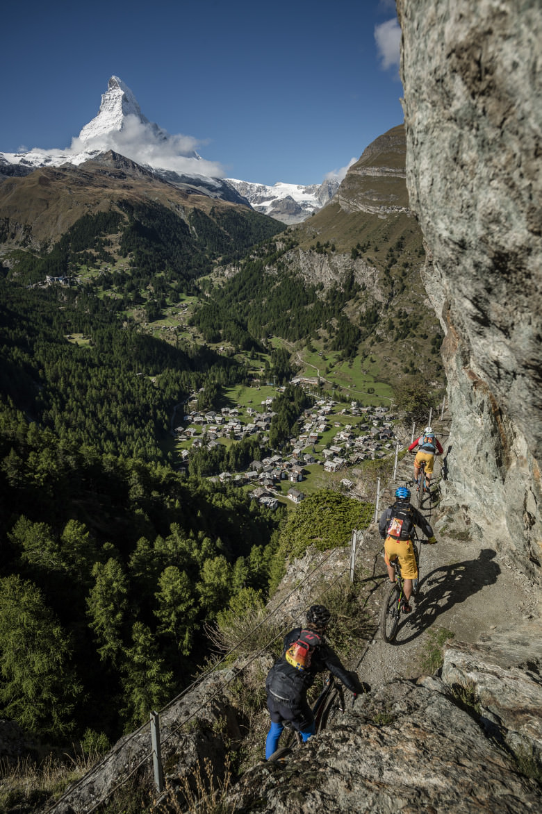 PERSKINDOL_SWISS_EPIC_stage5_WalkingPassage_Matterhorn_credit_APiX-780x1172