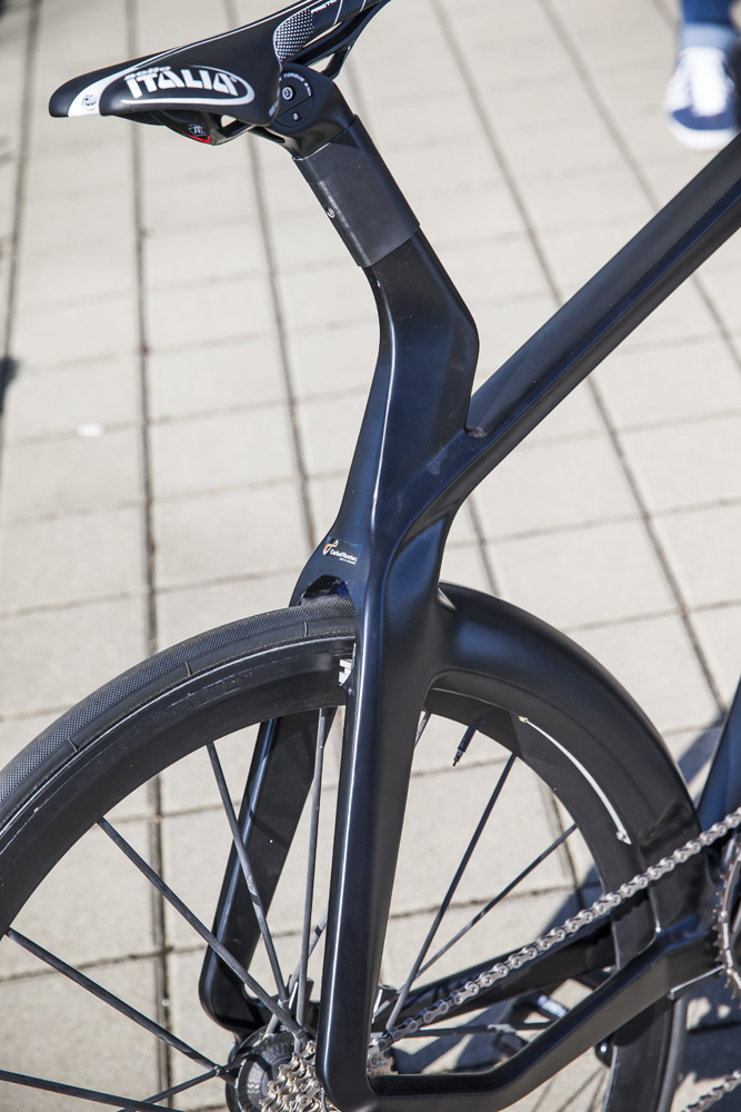 Lightweight-velocite-e-bike-electric-3