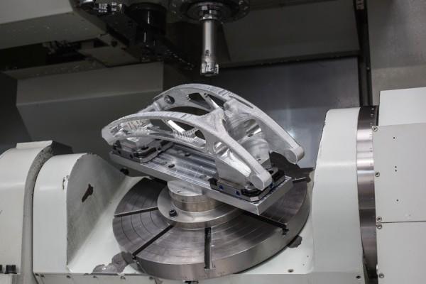 NBM-bike-swingarm-milling-600x400