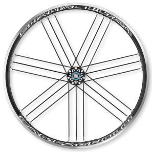 Campagnolo_Shamal-Ultra-C17_aluminum-clinchertubeless-road-race-wheels_rear-297x297