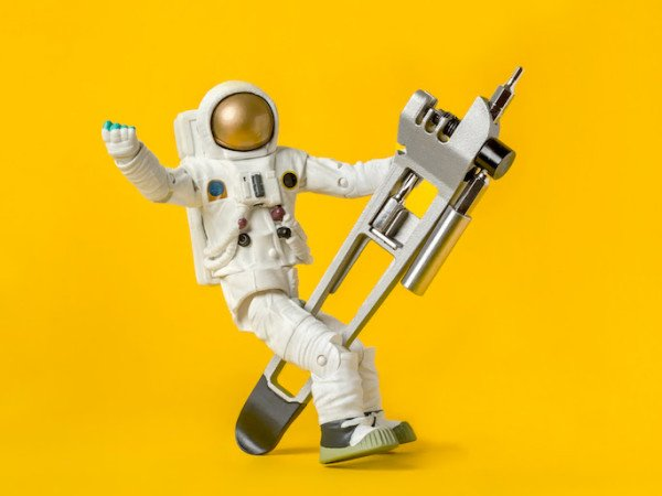 Full-Windsor_The-Breaker_multi-tool_riding-astronaut-600x450