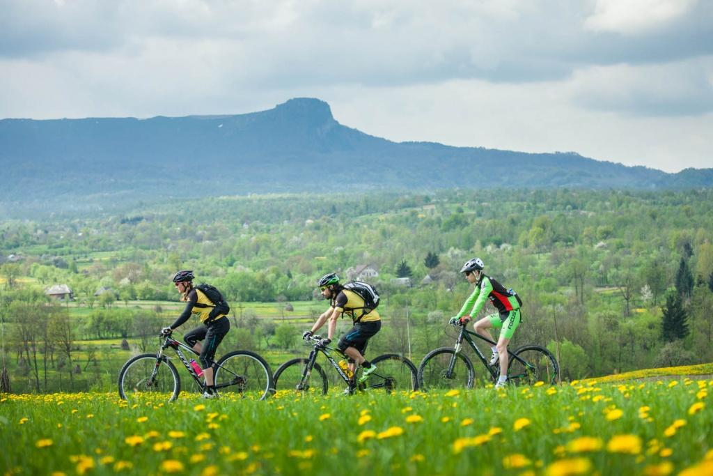 foto Andryi Maygutyak cicloturism maramures 01