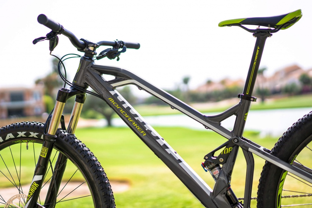 Mondraker_Factor_Plus-sized-aluminum-120mm-full-suspension-trail-mountainbike_front-end