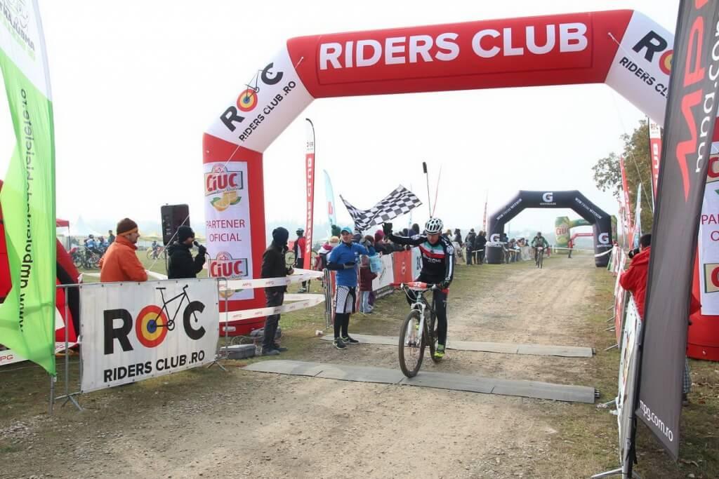 Riders Club_Haiduci si Domnite_finish 2_foto Andrei Craioveanu