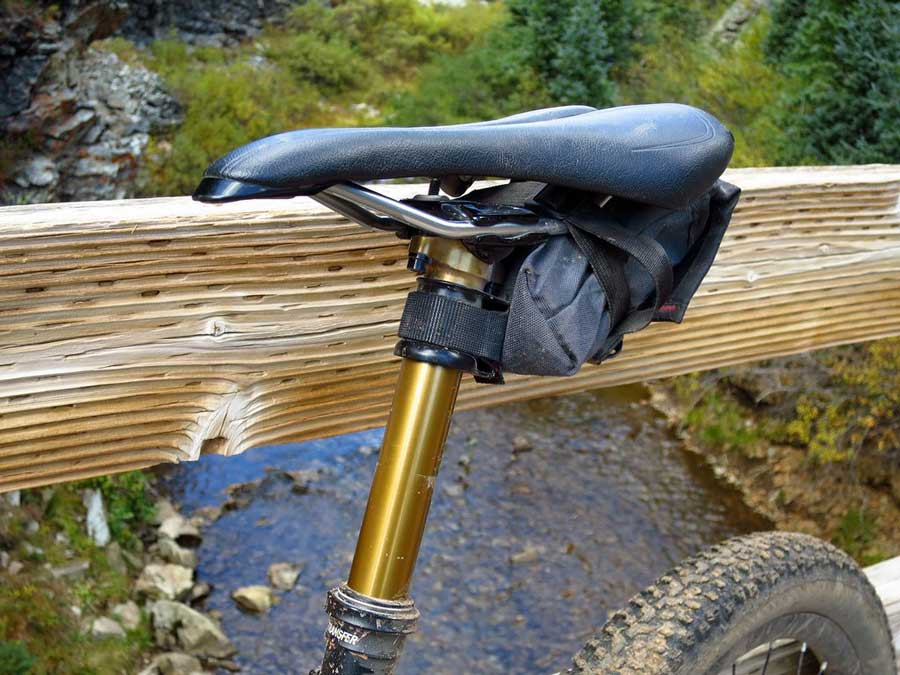 wolf-tooth-components-bike-valais-dropper-seatpost-clamp-1