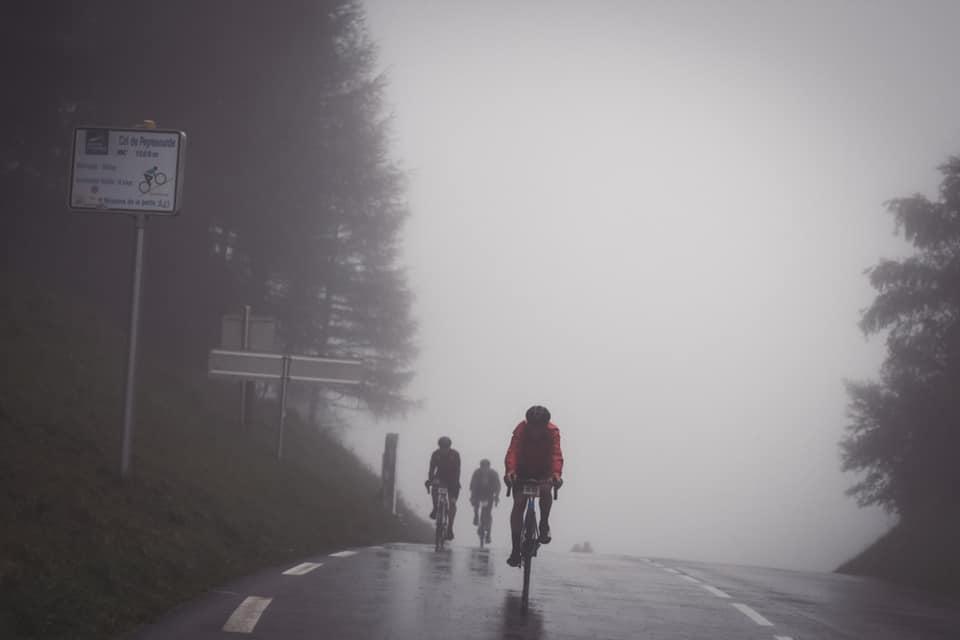 Cu siguranță a patra zi a fost cea mai dificilă zi a Haute Route Pirinei, punând la încercare rezistența la uzură a participanților